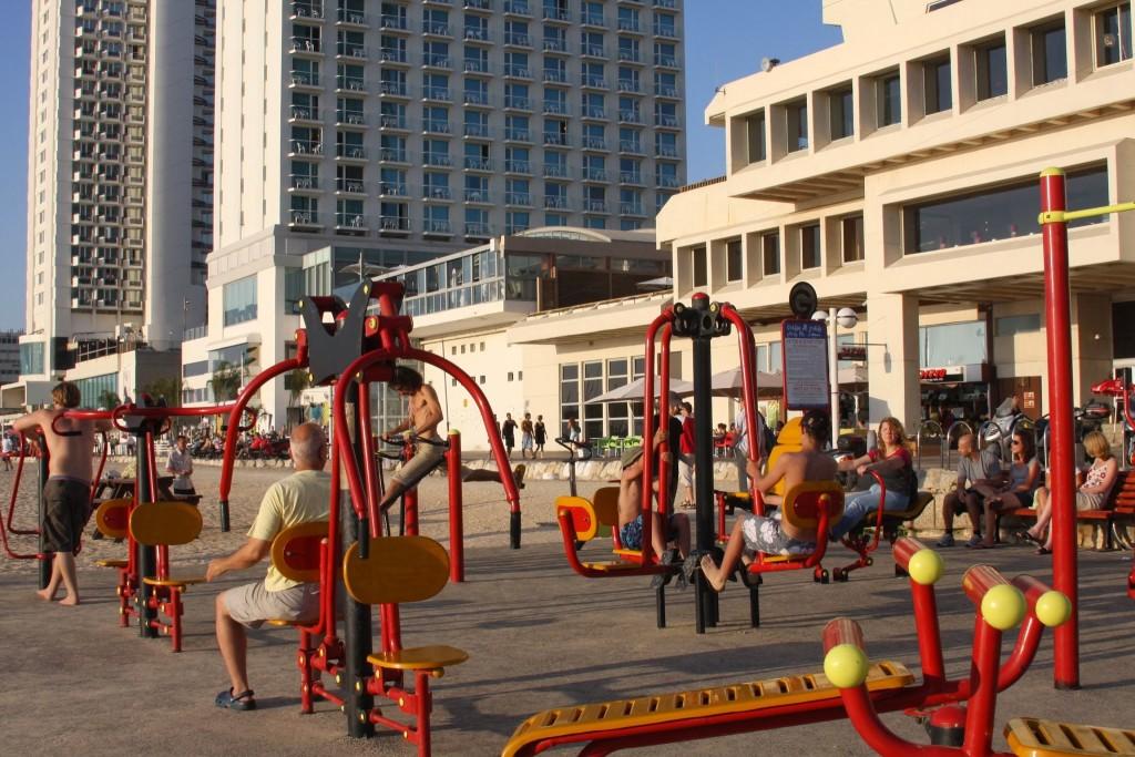 Tel Aviv workOutdoors